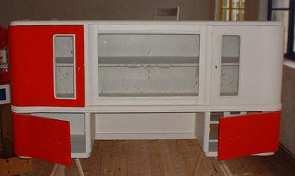 k chenbuffet 50er jahre recyclingkunst und der versuch langsam und nachhaltig zu leben. Black Bedroom Furniture Sets. Home Design Ideas