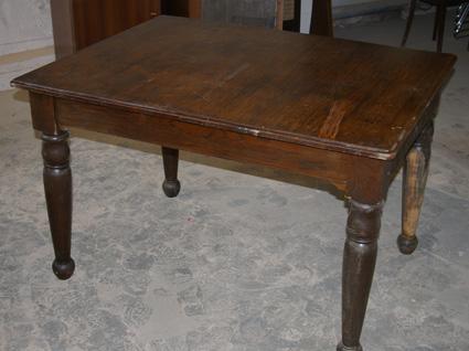 upcycling alter tisch recyclingkunst und der versuch langsam und nachhaltig zu leben. Black Bedroom Furniture Sets. Home Design Ideas