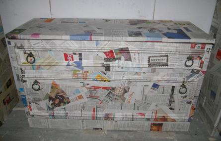 Schranke Mit Papier Bezogen Decoupage Technik Recyclingkunst Und