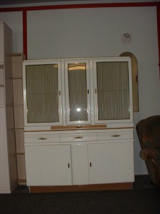 altes Küchenbuffet