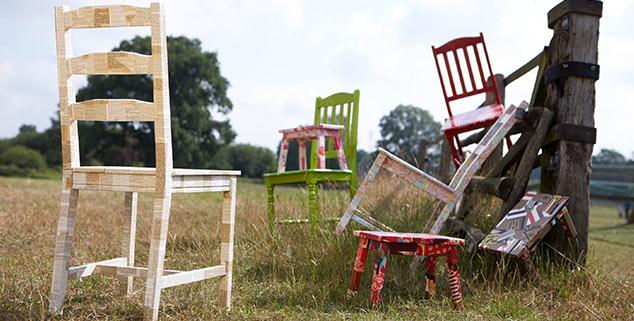 kunststuecke stuehle recyclingkunst und der versuch. Black Bedroom Furniture Sets. Home Design Ideas