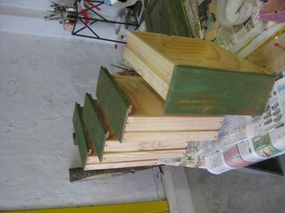 Schreibtischschubladen grün lasiert