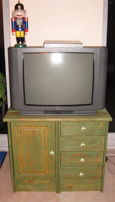 Der fertige Fernsehschrank