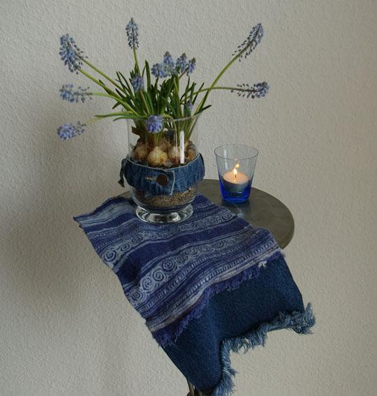 perlhyazinten mit jeans recyclingkunst und der versuch langsam und nachhaltig zu leben. Black Bedroom Furniture Sets. Home Design Ideas