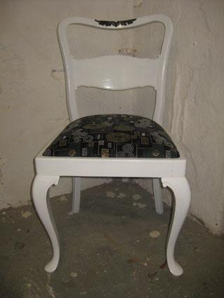 alter stuhl recyclingkunst und der versuch langsam und nachhaltig zu leben. Black Bedroom Furniture Sets. Home Design Ideas