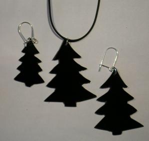 Kettenanhänger und Ohrhaenger mit Tannenbaum