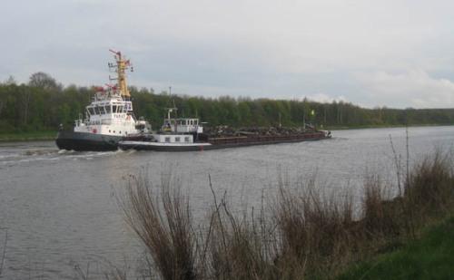 Nord-Ostsee-Kanal Schlepper Schiffe