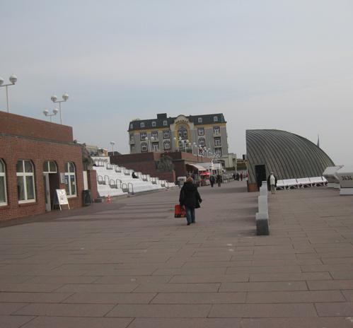 Promenade mit Myramar Westerland Sylt Hotel