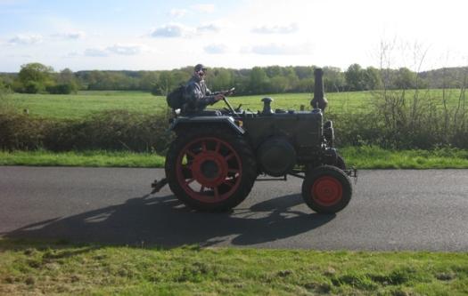 alter Trecker, Oldtimertreffen, Traktor