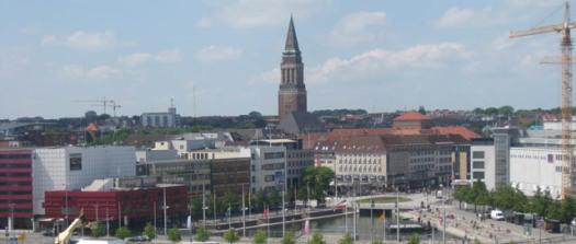 Kiel Skyline mit Rathausturm