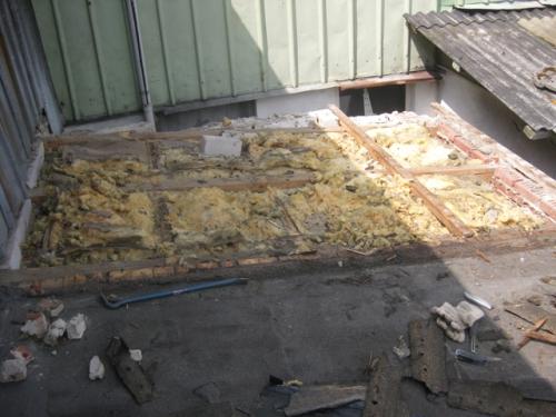 Alte Isolierung nach entfernen der Eternitplatten