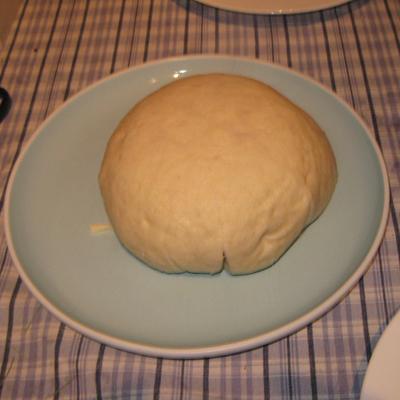fertiger Mehlbueddel auf dem Teller