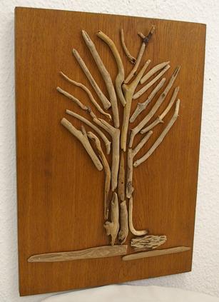 Baum aus Treibhölzern