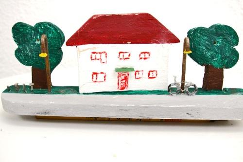 Haus mit Fahrrad