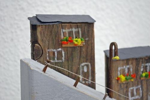 Ministrandhäuser aus Treibholz gebaut, schöne Wohndeko oder Geschenk