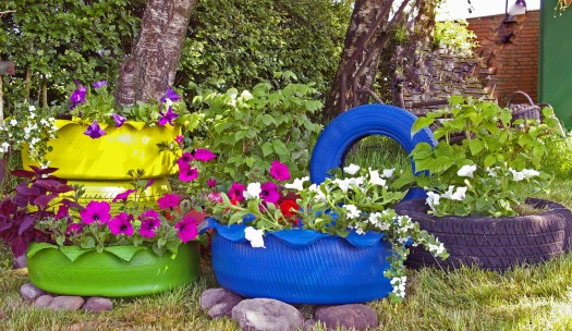 Gartendeko Autoreifen recycling ideen schlueter 1