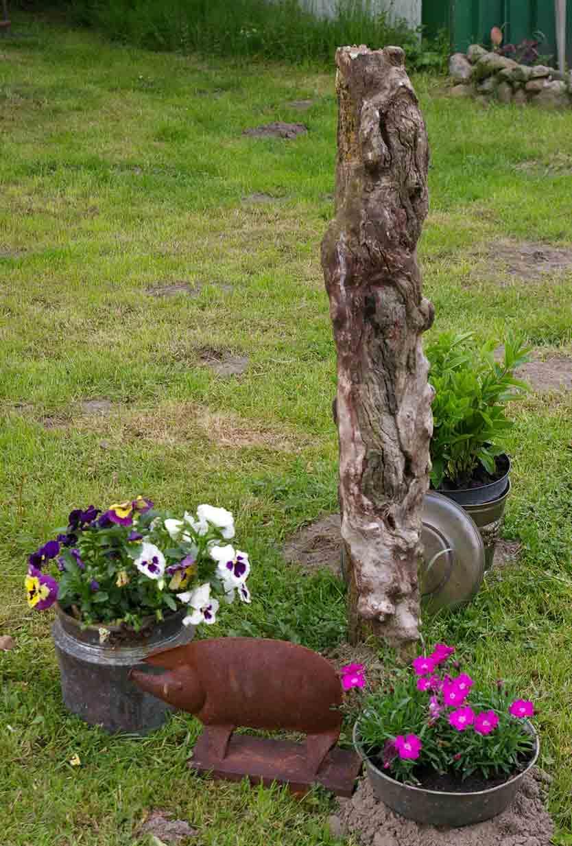 Gartendekoration recyclingkunst und der versuch langsam - Gartendekoration kupfer ...