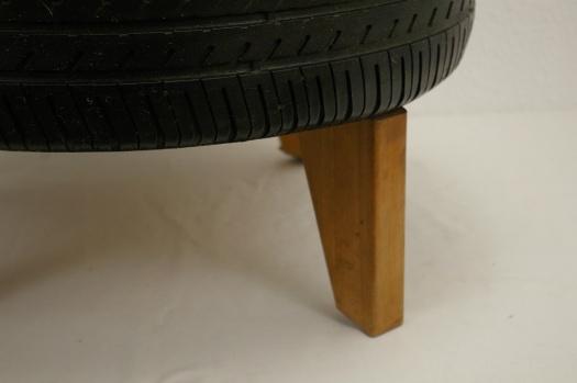 Reifen mit Fuss für Garten