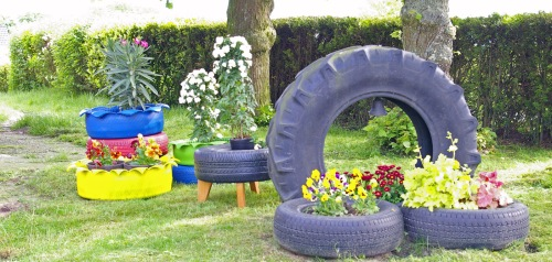 Upcycling alte Autoreifen Gartendekoration bb