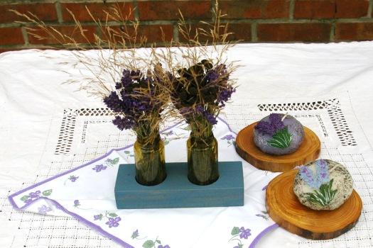 Kleine Vasen zum Herbst