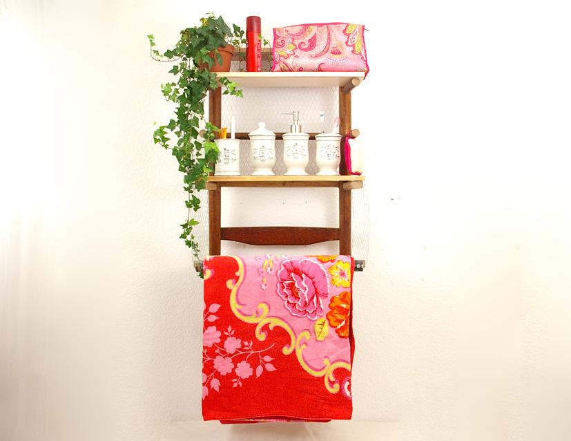 diy bad und k chenregal aus alten st hlen mal wieder upcycling ideen recyclingkunst und. Black Bedroom Furniture Sets. Home Design Ideas
