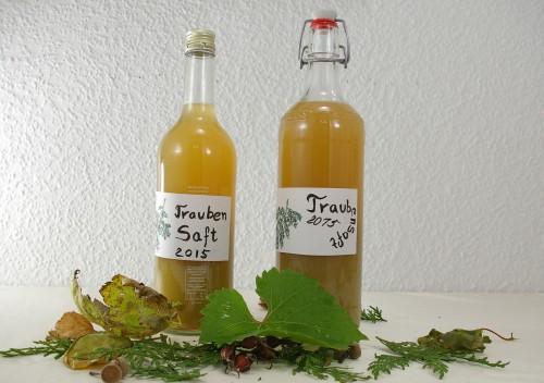 Traubensaft in Flaschen