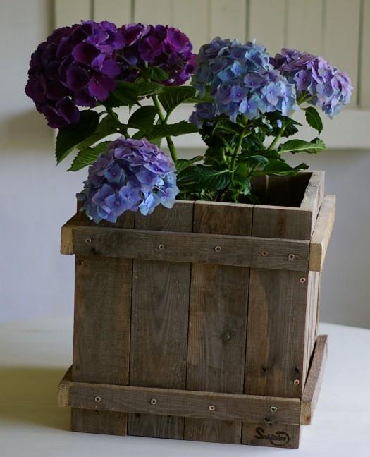 diy Blumenkübel aus palette