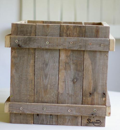 diy aus Palettenholz blumenkübel