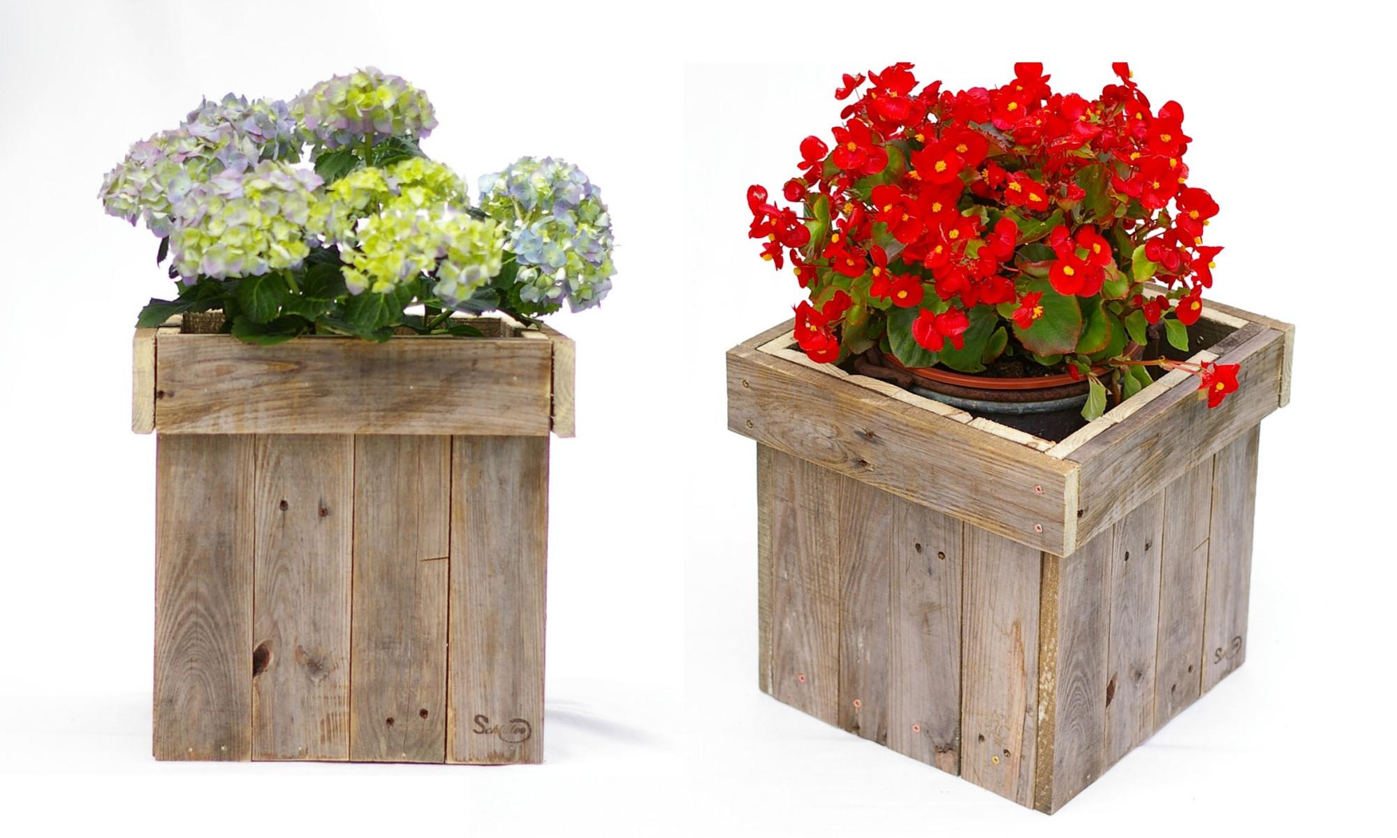 Blumenkübel aus Palette
