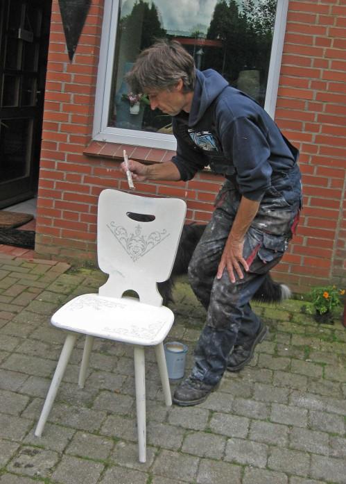 upcycling alter Stuhl