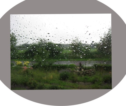 Regen an der Scheibe