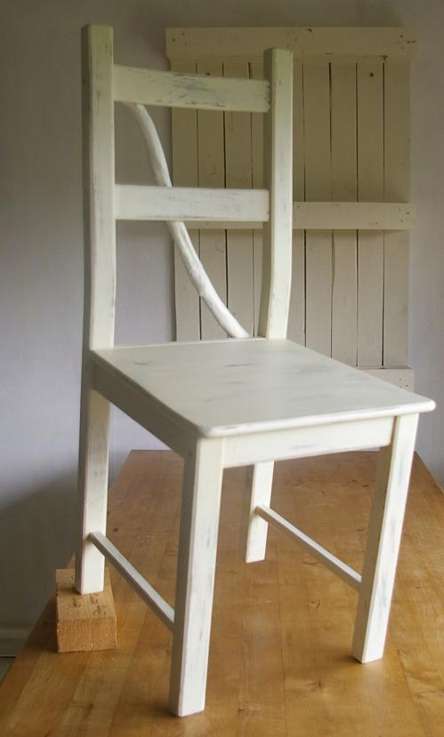 antiker Stuhl im shabby look