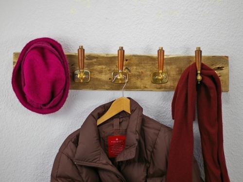 upcycling garderobe aus alten Türgriffen