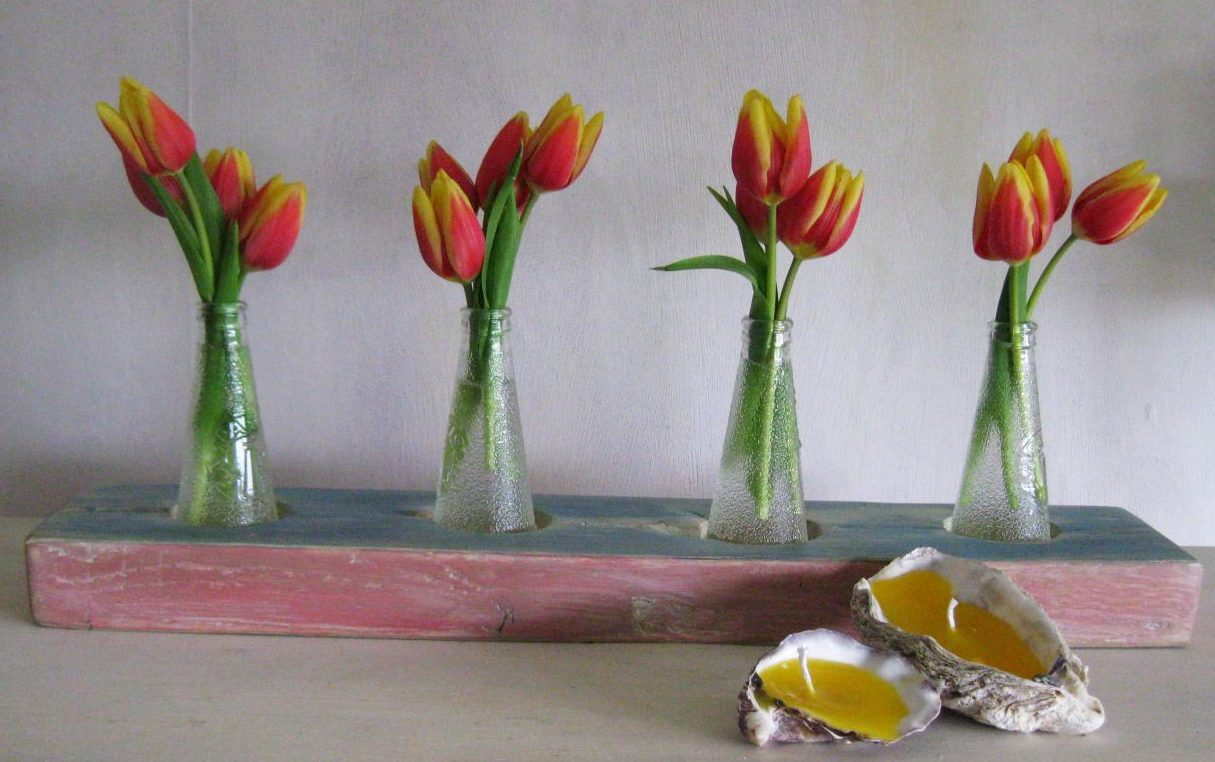 Tulpen in einer upcyclingvase
