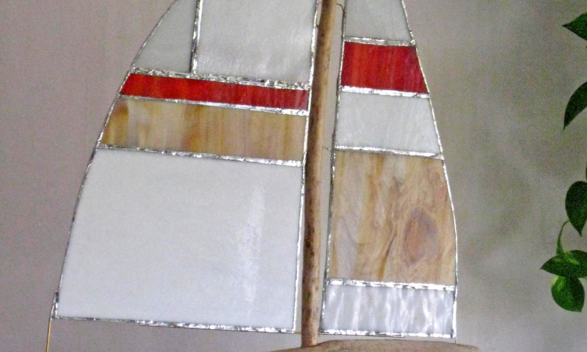 Segelboot aus Tiffany glas