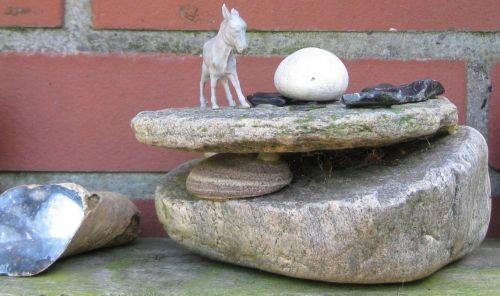 basteln mit Steinen
