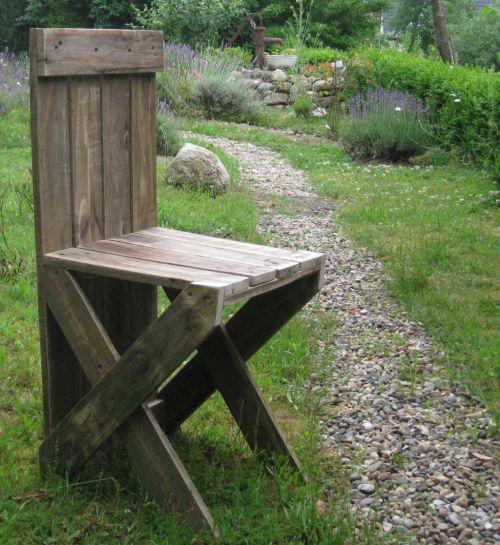 Gartenstuhl aus Palettenholz