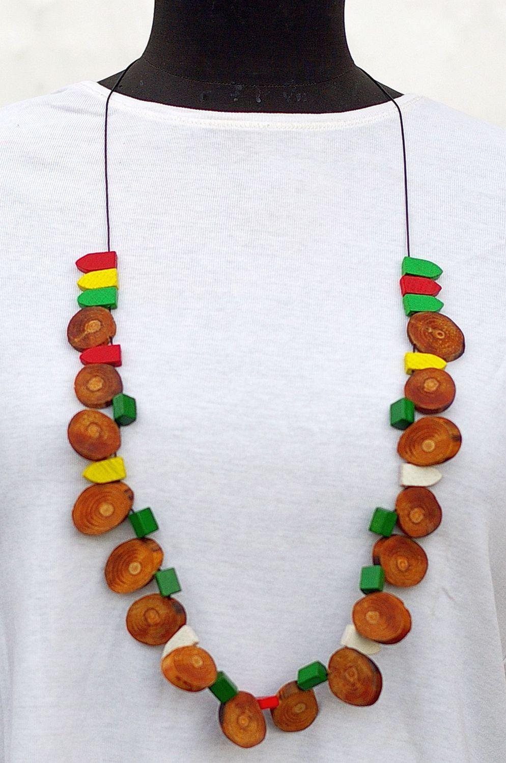 Halsketten mit bunten Spielsteinen, REcyclingschmuck, Upcyclingschmuck, Diy,