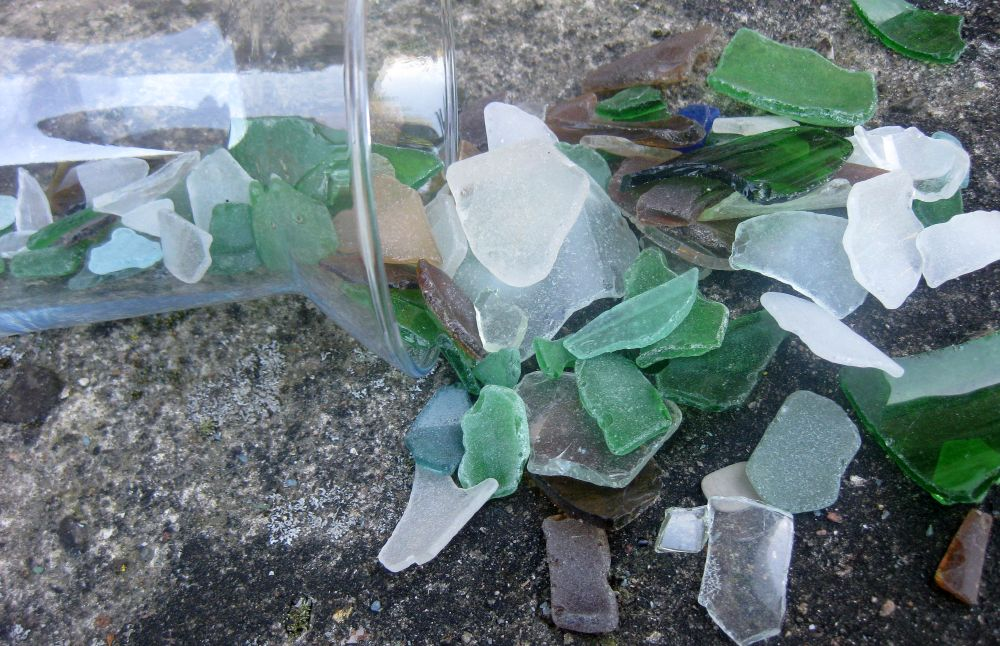 Wunderschönes Seeglas in verschiedenen Farben, Glasscherben vom Nordseestrand