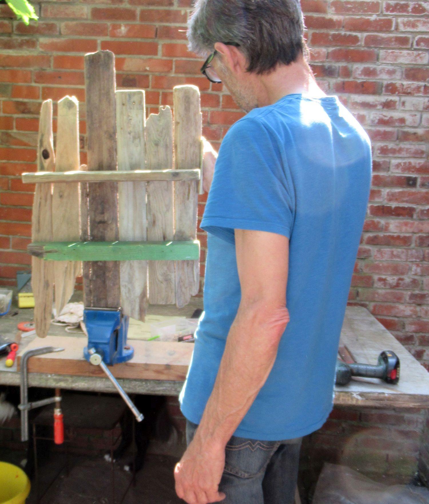 Diy Regal aus verschiedenen Brettern, Wandregal bauen