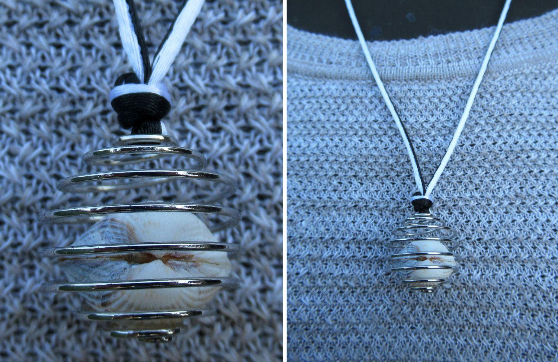Muscheln in einer Metallspirale als Halskette an einem tollen Textilband. Eine schöne Bastelidee.