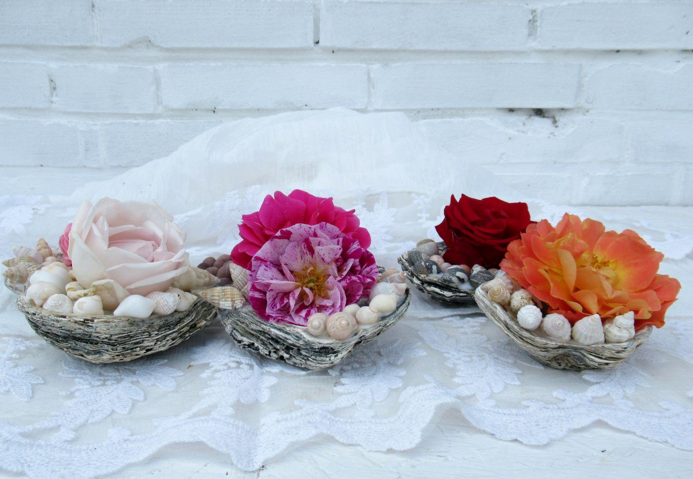 schöne Dekorations Idee mit Muscheln und rosen