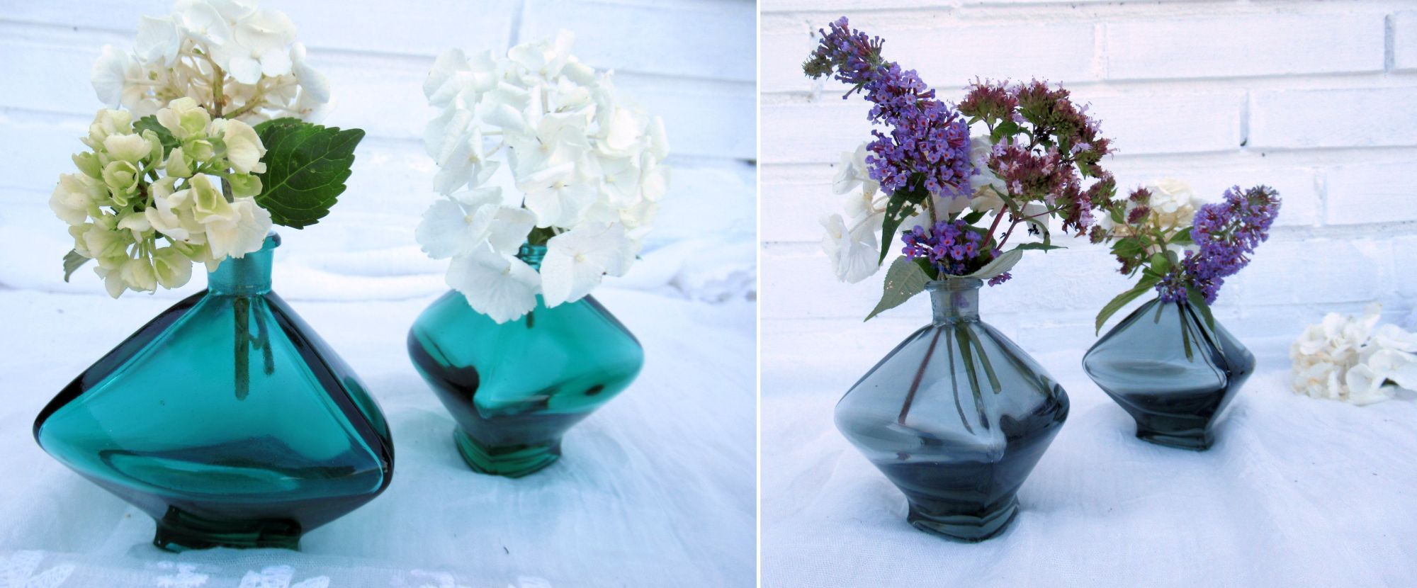 bunte parfümflakons als Blumenvasen