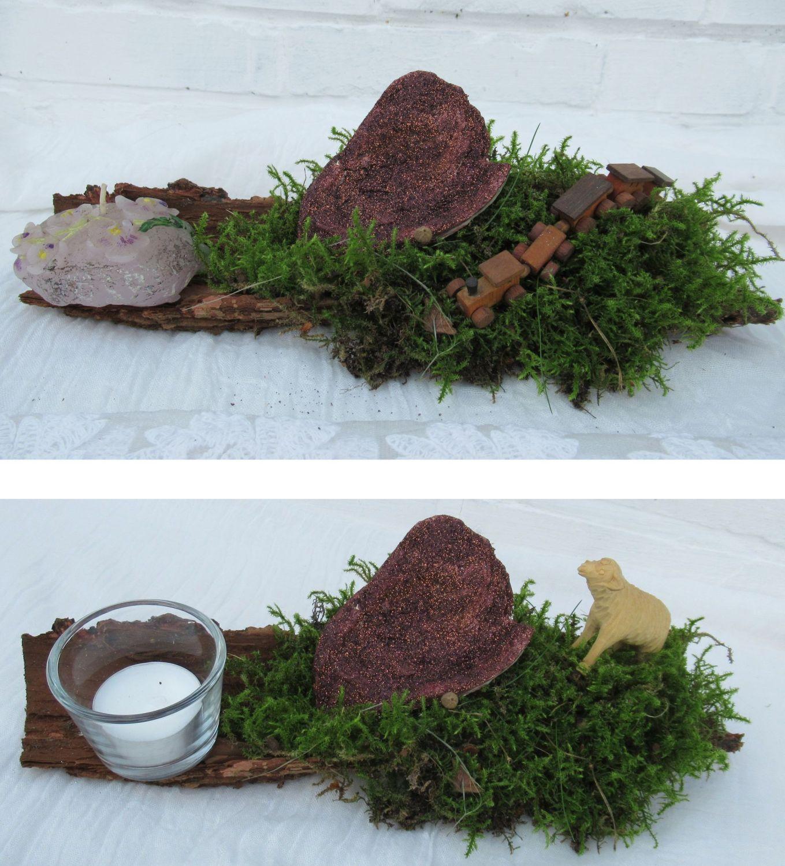Deko-Idee mit Moos in einer Baumrinde, Kerze oder Teelicht, Moos und kleiner Eisenbahn