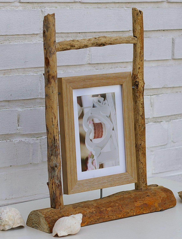 Schöner Bilderständer aus Treibholz zum Selbermachen