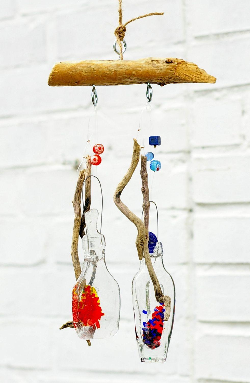Gartendekoration Windspiel mit Treibholz und buntem Glas, diy